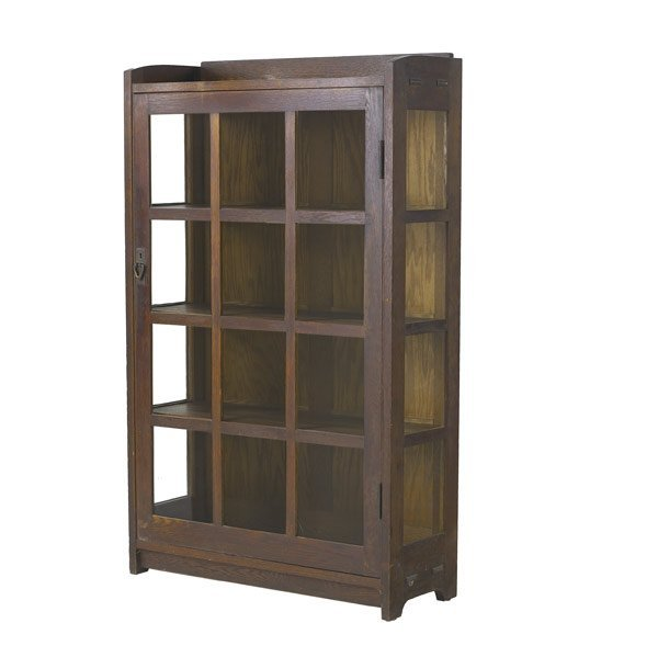 1237: GUSTAV STICKLEY China cabinet