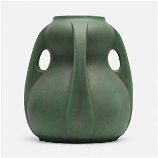 William Bryce Mundie for Teco Pottery, Rare vase