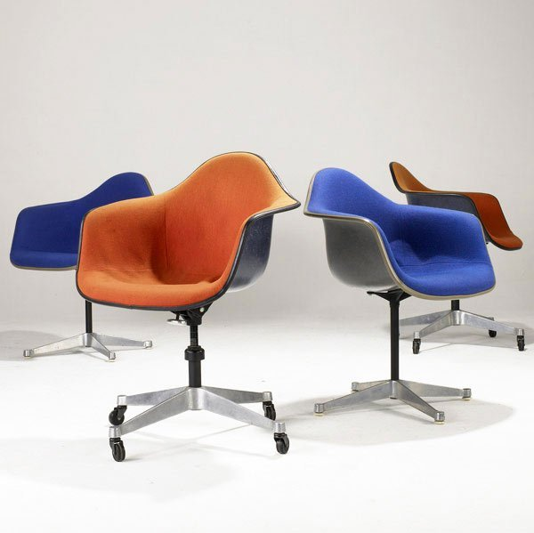 13: CHARLES AND RAY EAMES Ten assorted chairs