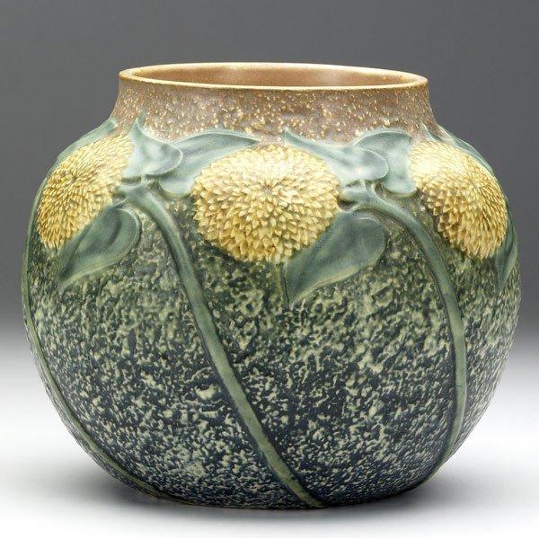 16: ROSEVILLE Sunflower vase