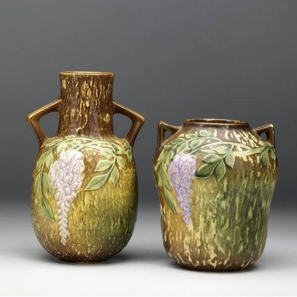 19: ROSEVILLE Brown Wisteria two vases