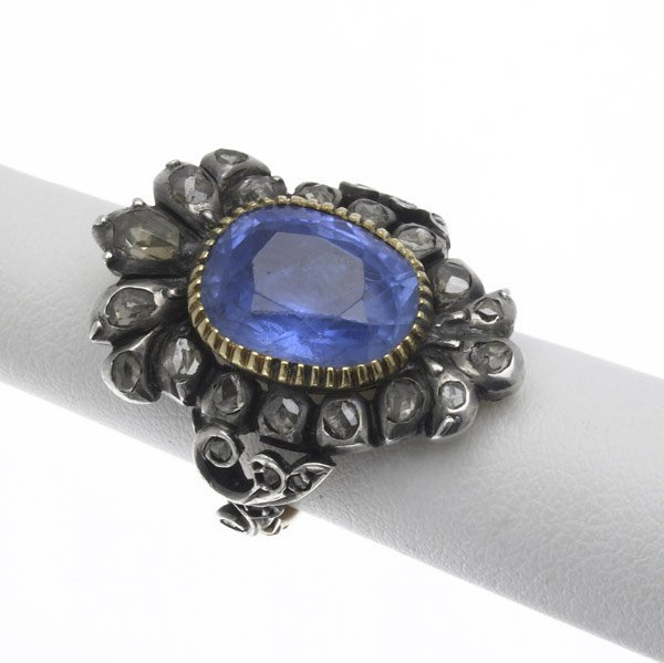 1011: SILVER-TOPPED SAPPHIRE AND RC DIAMOND POISON RING