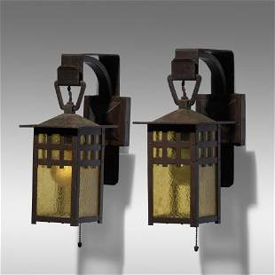 Gustav Stickley, Lanterns model 830 variant, pair