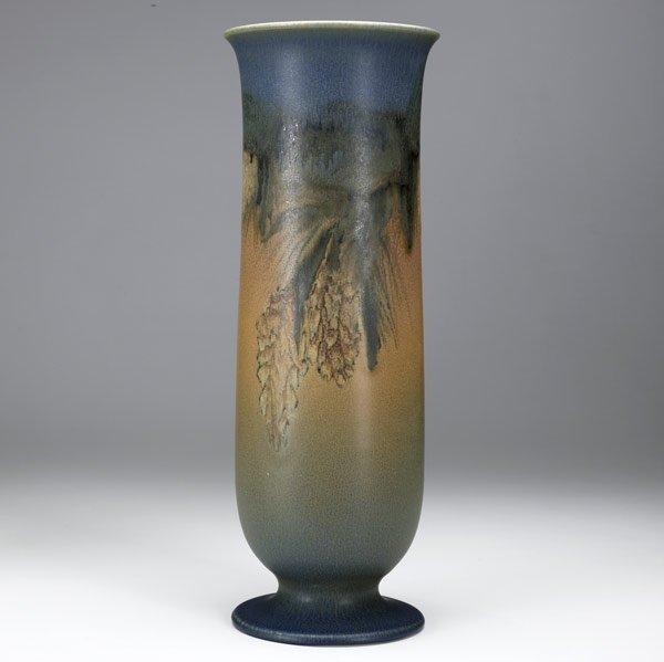 18: ELIZABETH LINCOLN / ROOKWOOD Vase