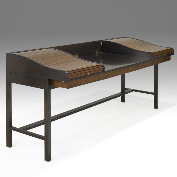 513: EDWARD WORMLEY / DUNBAR Desk