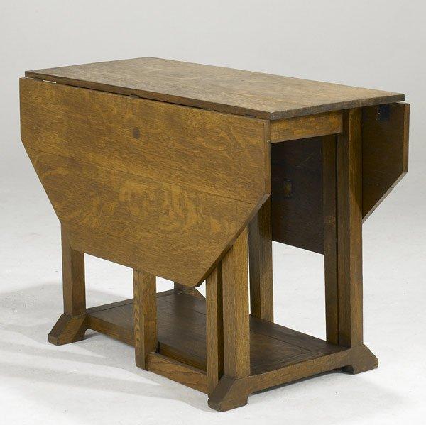 805: ARTS & CRAFTS GATELEG TABLE