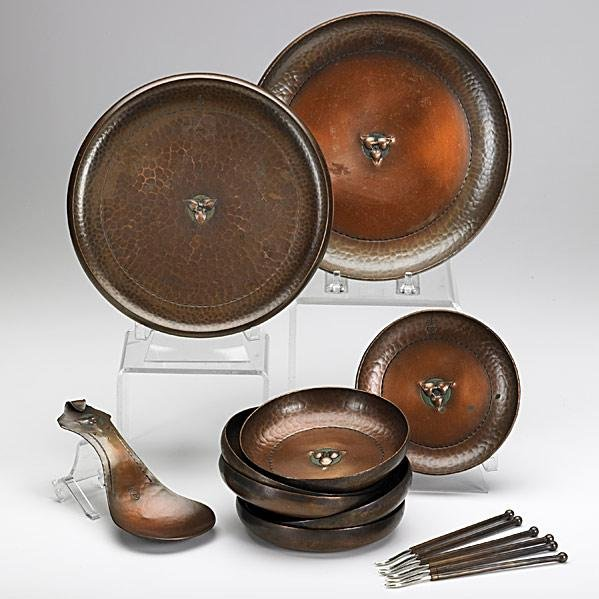 18: ROYCROFT; Hammered copper assembled nut set