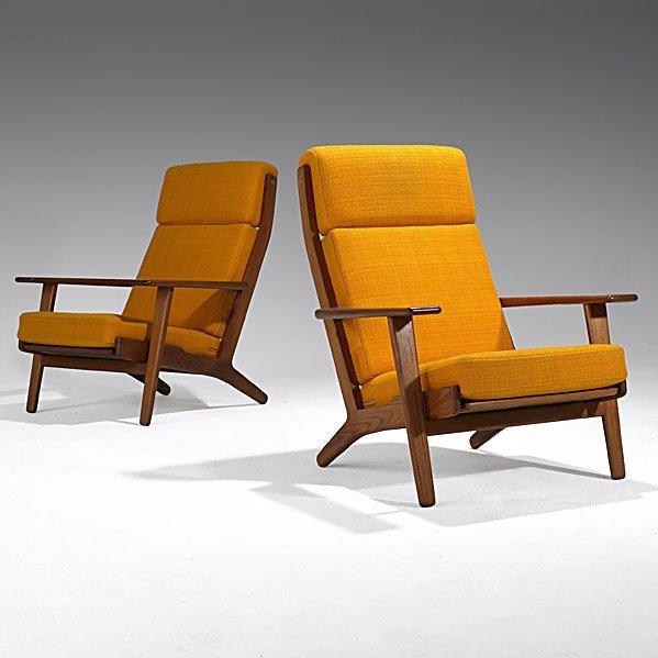 610: HANS WEGNER; GETAMA; Pair of lounge chairs