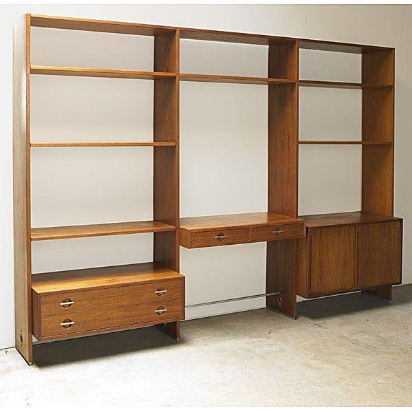 613: HANS WEGNER; A/S RY MOBLER; Storage unit