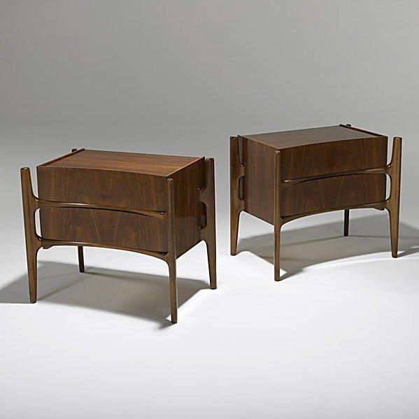 622: EDMUND SPENCE; Pair of walnut nightstands