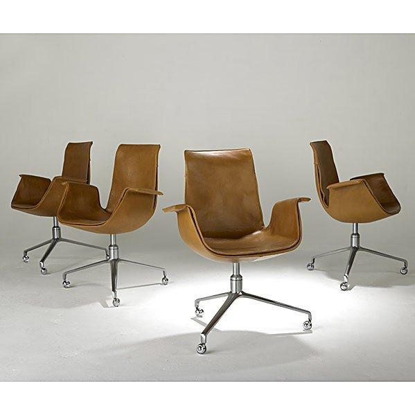 1019: PREBEN FABRICIUS & JORGEN KASTHOLM; 4 Bird chairs