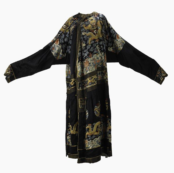358: CHINESE EMBROIDERED ROBE