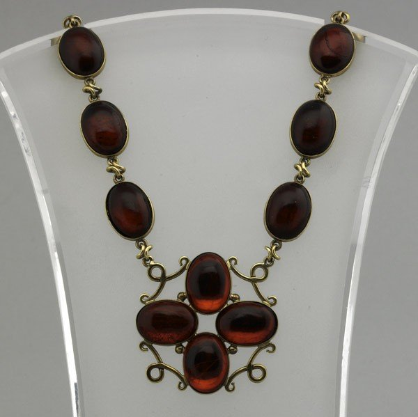 2017: CHERRY AMBER NECKLACE