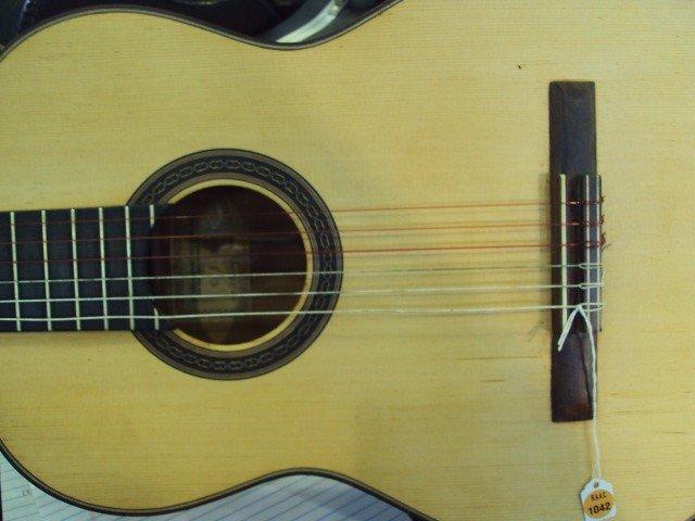 1042: MANUEL VELAZQUEZ FLAMENCO GUITAR - 3