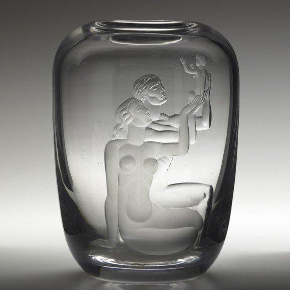 789: VICKE LINDSTRAND; ORREFORS; Etched glass vase