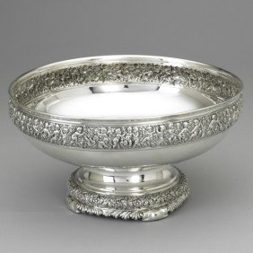 TIFFANY & CO. ''OLYMPIAN'' PATTERN CENTERPIECE BOWL