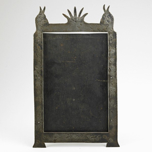 19: GIDEON; Sculptural table-top picture frame