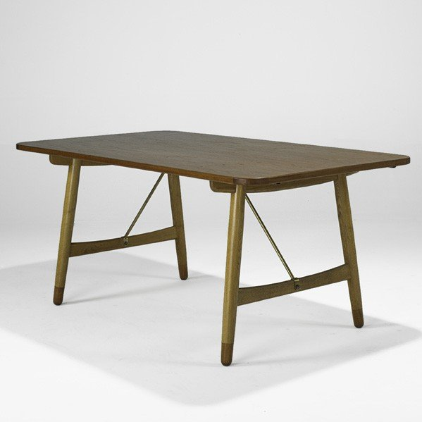 620: BORGE MOGENSEN; Hunting Table