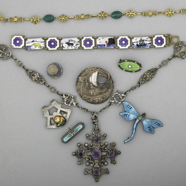 2244: ASSORTED JEWELRY, MOSTLY SILVER