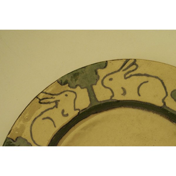 14: PEWABIC Early plate with rabbits - 4