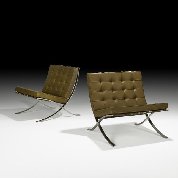 567: MIES VAN DER ROHE Pair of Barcelona chairs