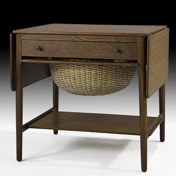 616: HANS WEGNER Sewing table
