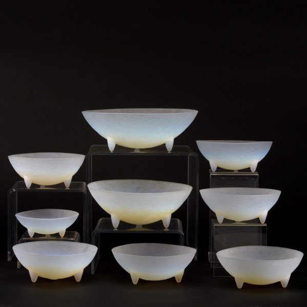 25: OPALESCENT GLASS