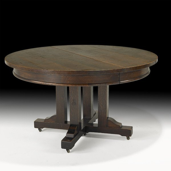 23: ROYCROFT Dining table with leaves