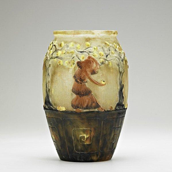 902: ARGY-ROUSSEAU Pate-de-verre vase