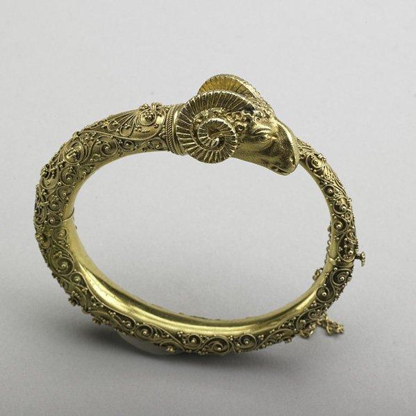 1004: ETRUSCAN REVIVAL 18K GOLD BRACELET, ca. 1875