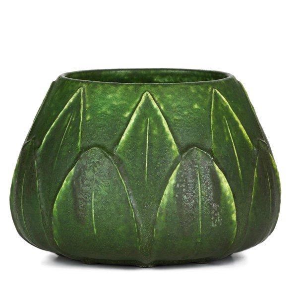 GRUEBY Squat vessel with rows of leaves