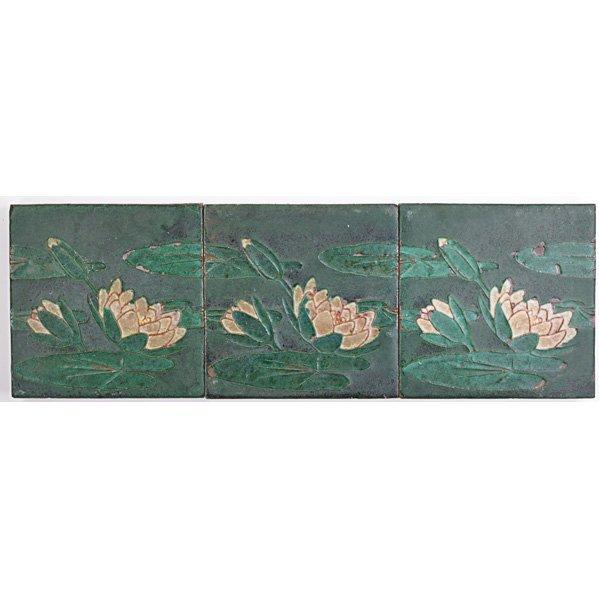 GRUEBY Three water lily tiles