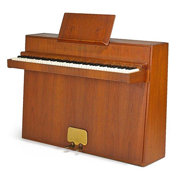 ANDREAS CHRISTENSEN Upright piano