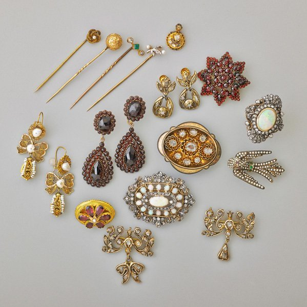 VICTORIAN AND VICTORIAN STYLE JEWELRY
