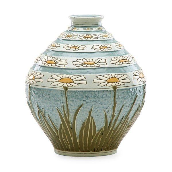 ROSEVILLE Exceptional Della Robbia vase