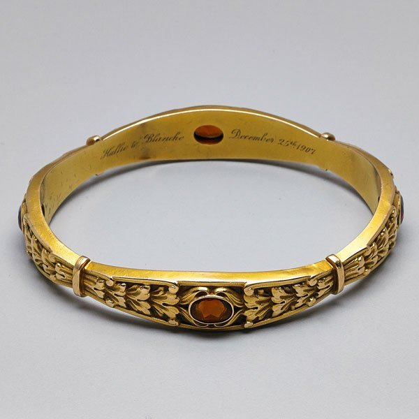 NEOCLASSICAL REVIVAL JEWELED GOLD BANGLE
