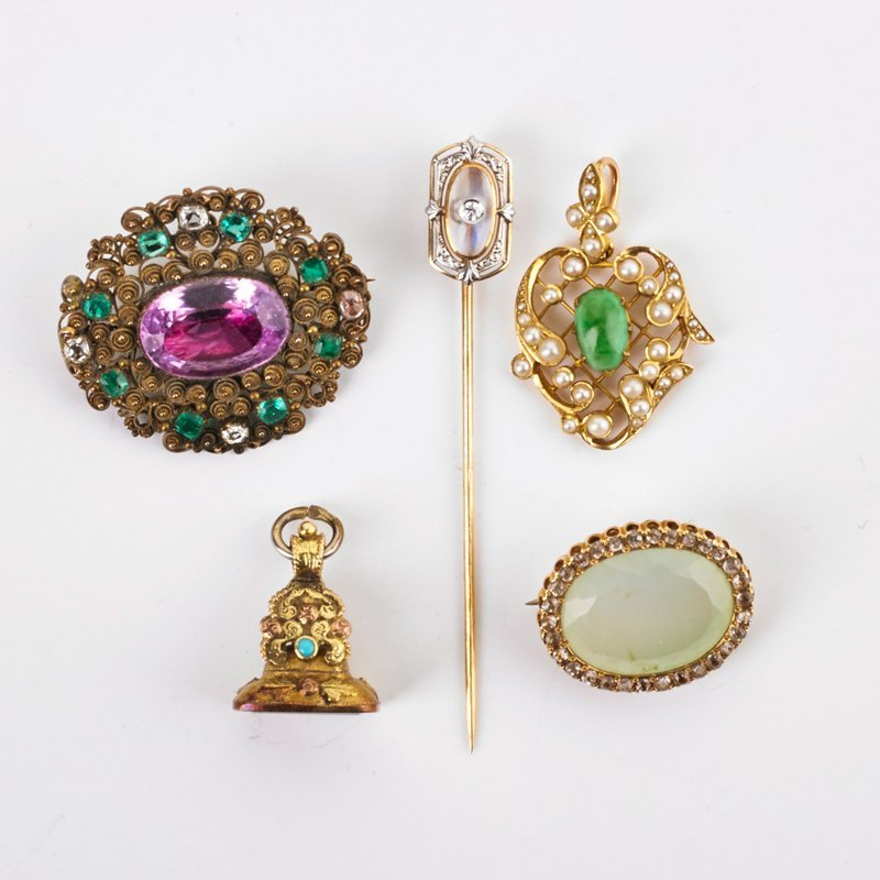GROUP OF ANTIQUE GOLD, GEM-SET JEWELRY, FINDINGS