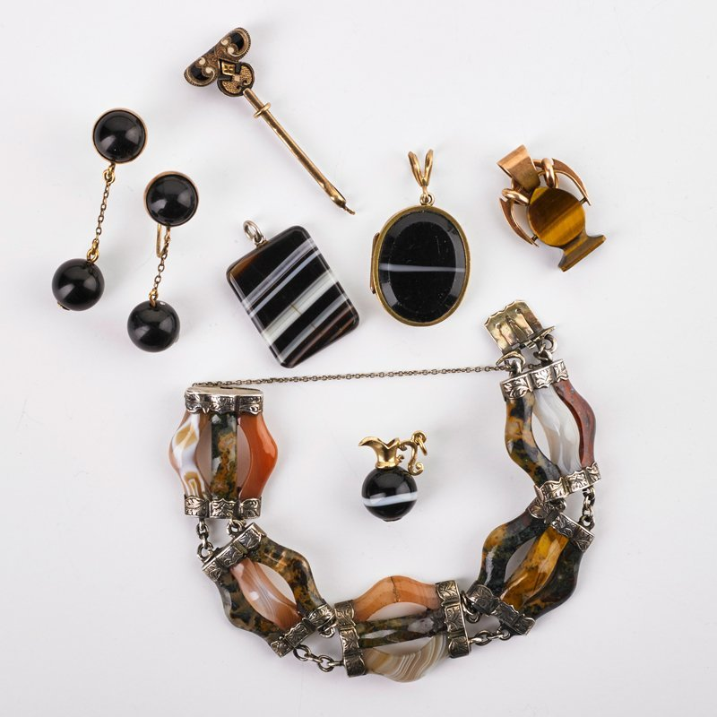 CELTIC AGATE AND OTHER SIMILAR JEWELRY