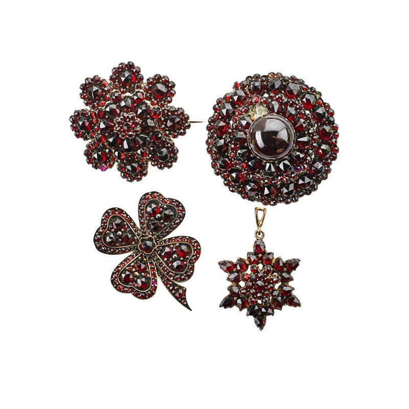 COLLECTION OF VICTORIAN BOHEMIAN GARNET JEWELRY