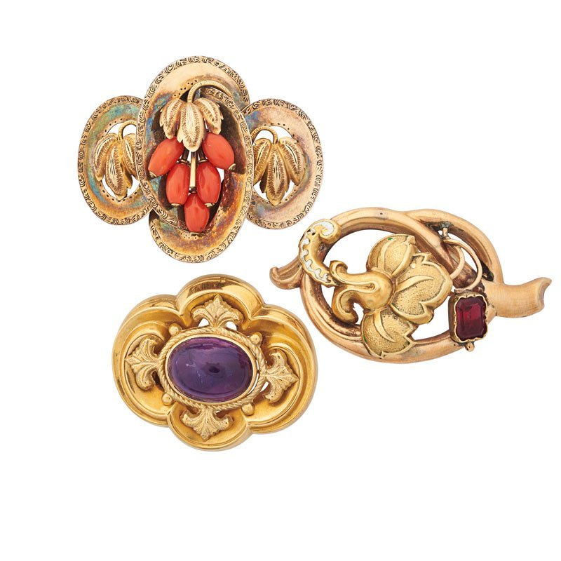 THREE VICTORIAN GOLD BROOCHES