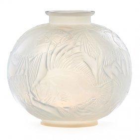 Lalique Poissons Vase