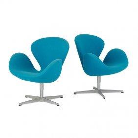 Arne Jacobsen Pair Of Swan Chairs