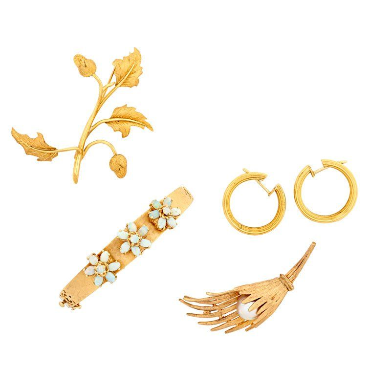FIVE PIECES OF GEM-SET OR YELLOW GOLD JEWELRY