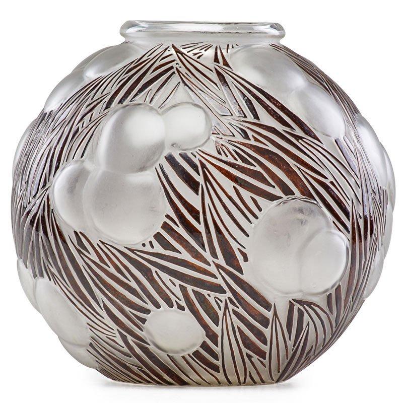 """LALIQUE """"Oranges"""" vase"""
