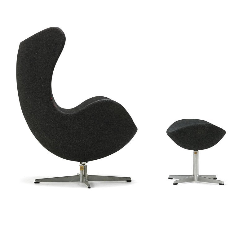 ARNE JACOBSEN Early Egg chair and ottoman - 3
