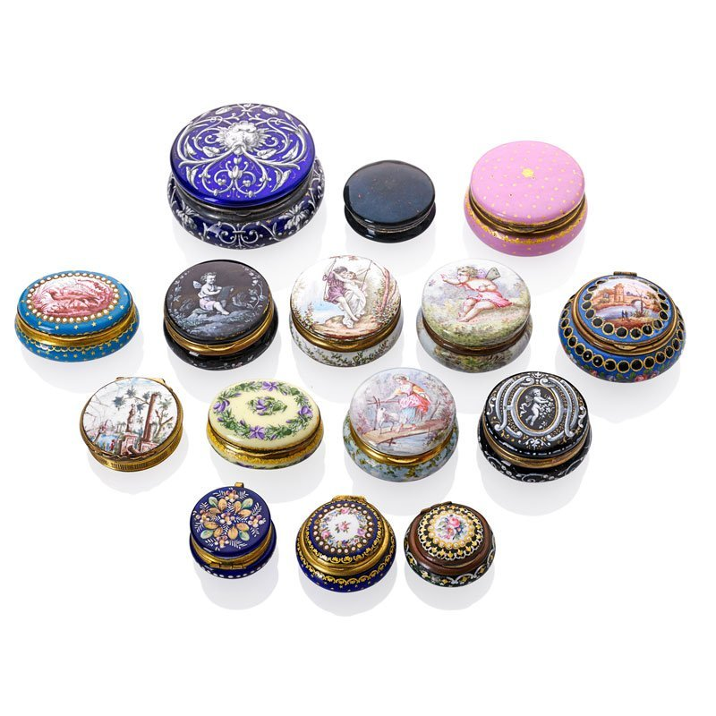 COLLECTION OF 15 ENAMELED PATCH OR SNUFF BOXES
