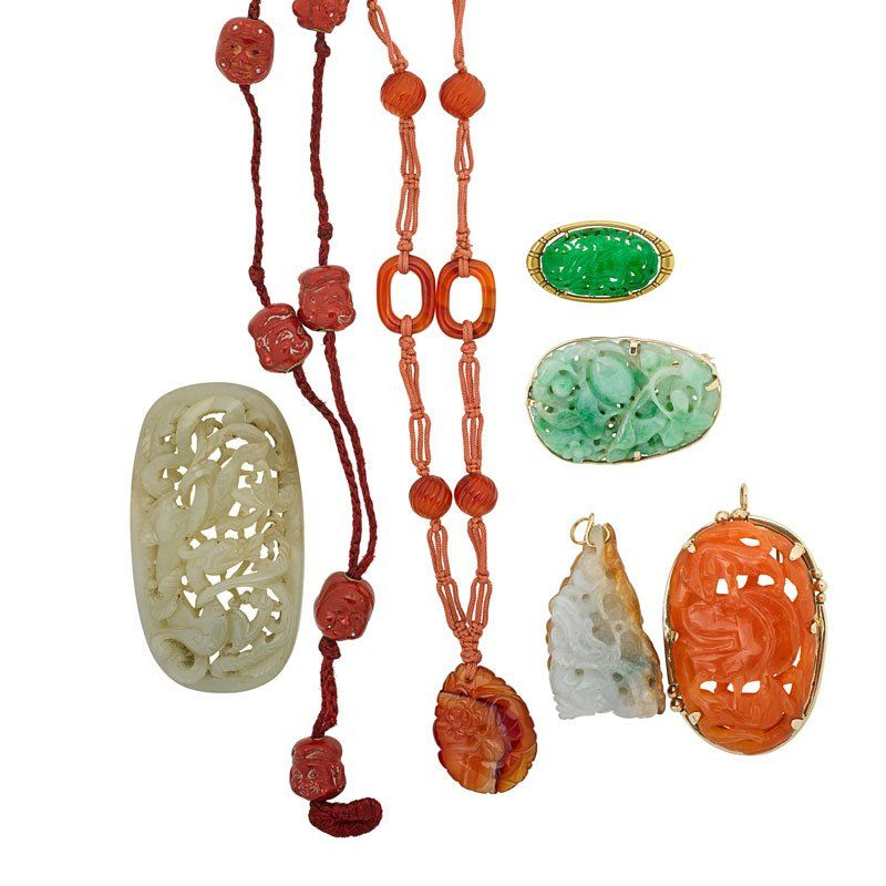 SEVEN PIECES OF CHINESE JEWELRY INCLUDES JADE