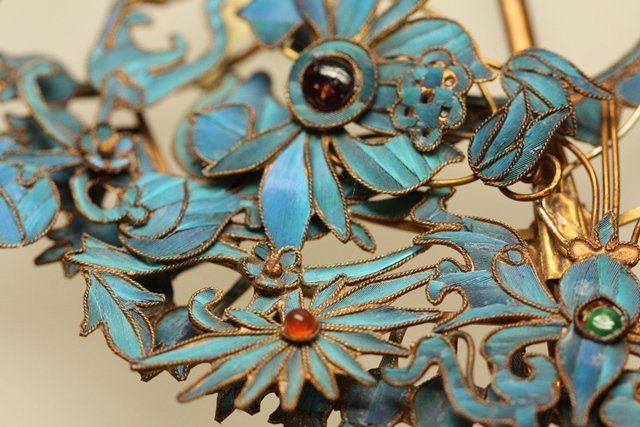QING DYNASTY KINGFISHER FEATHER HAIR ORNAMENT - 10