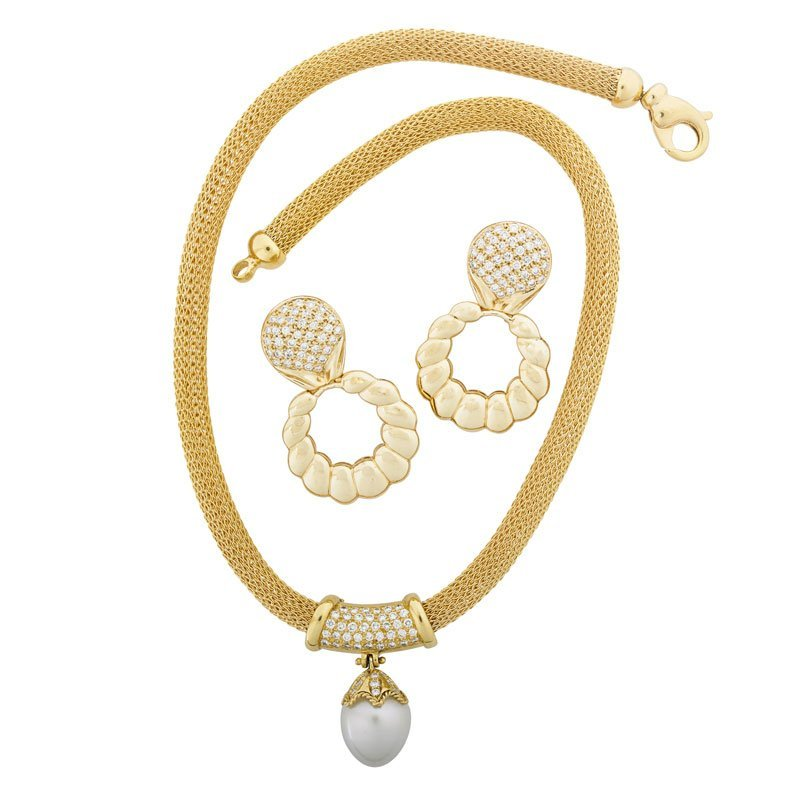 PEARL OR DIAMOND & YELLOW GOLD NECKLACE, EARRINGS