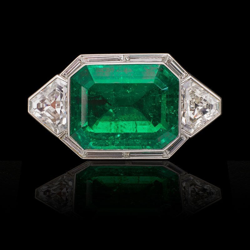 MAGNIFICENT UNENHANCED CLASSIC COLOMBIAN EMERALD